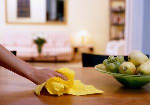 Servicii profesioniste de curățenie pentru acasă - servicii de curățenie generală după constructor pentru locuințe proaspăt renovate.