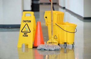 servicii profesioniste de curățenie pentru acasă și la birou