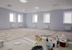 Servicii profesioniste de curățenie pentru acasă- servicii de curățenie generală după constructor pentru locuințe proaspăt renovate.
