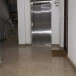 Curățenie - scări de bloc (București)