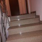 Curățenie scări de bloc, București
